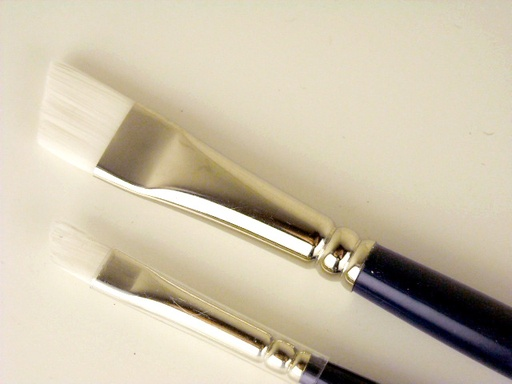 COLOURS BRUSH SERIES 716 WHITE TAKLON SH ANGLE BRIGHT 1/4""