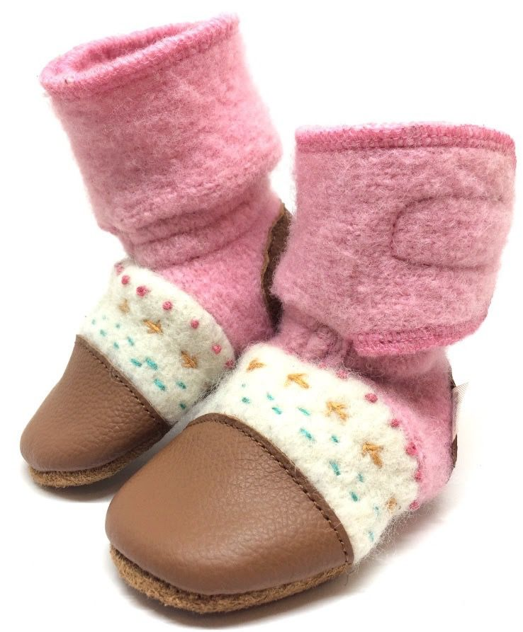Nooks Nooks Embroidered Wool Booties