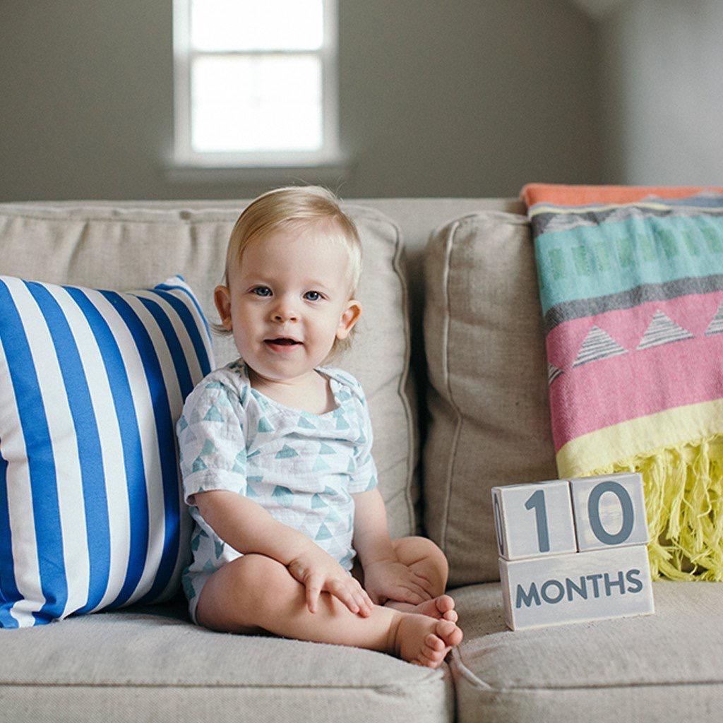 Pearhead Pearhead Baby Age Blocks