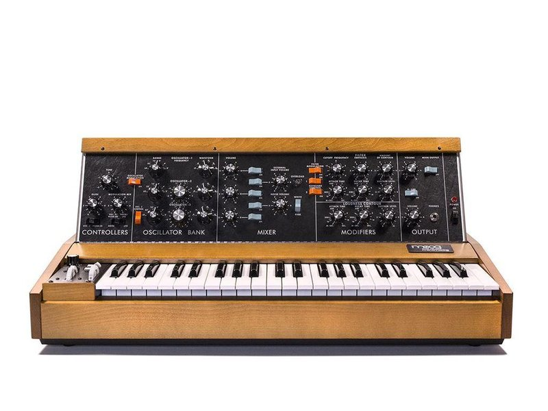 Moog Minimoog Model D, DEMO UNIT