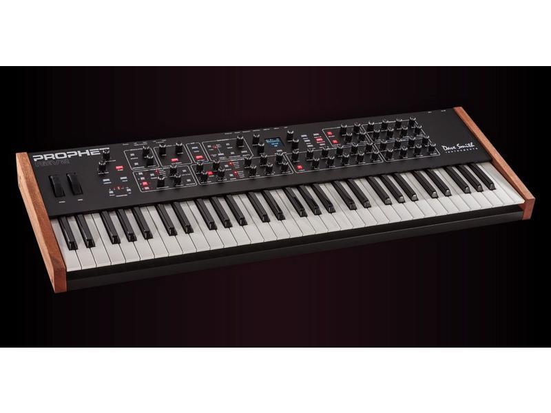 Dave Smith Instruments Prophet REV2 8-Voice