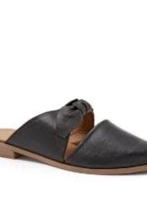 Bueno Bueno-Bowery- Black Leather