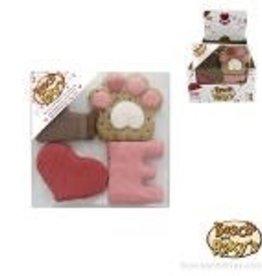 Bosco and Roxy's Bosco and Roxy 's Smooch your Pooch LOVE Gift Box