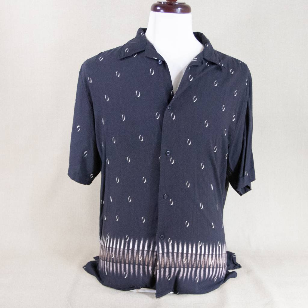 manhattan black button down m