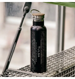 JACE.design Tulsa Map Bottle With Bamboo Top In Matte Black