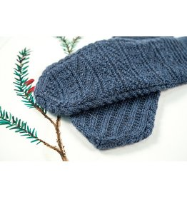 For Yarn&#039;s Sake, LLC Gansey Mittens. Sunday December 16, 2018. Class time: 1-4pm.<br /> Anne Lindquist