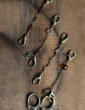 Autumn Leaf Scissor Chain