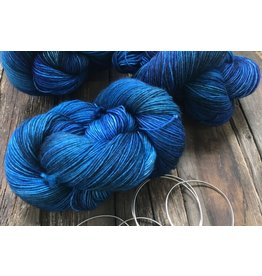 Dream in Color Jilly with Cashmere, Blue Fish