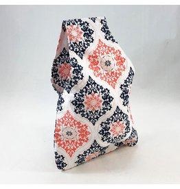 della Q Nora Wrist Bag, Pratt