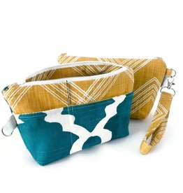 Binkwaffle Notions Clutch, Colton