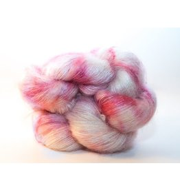Knitted Wit Fairy Floss, Winterberry