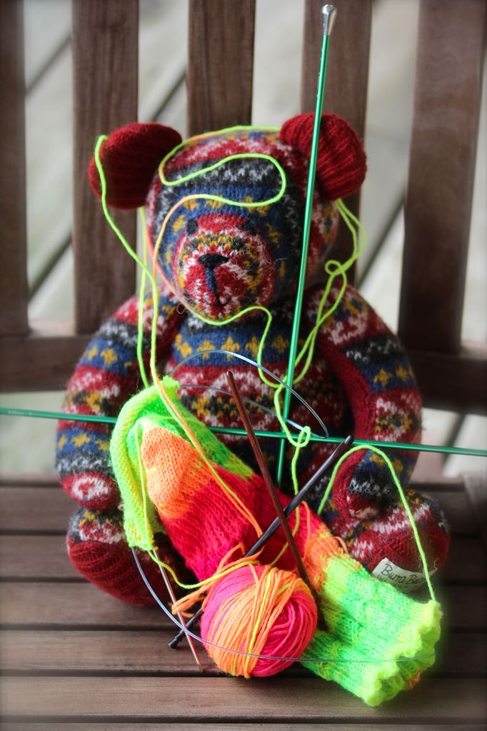 For Yarn&#039;s Sake, LLC Tink, Drop, Frog. Sunday March 24, 2019. Class time: 3-5pm.<br /> Michele Lee Bernstein