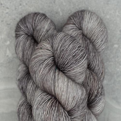 Madelinetosh Tosh Merino Light, Kitten