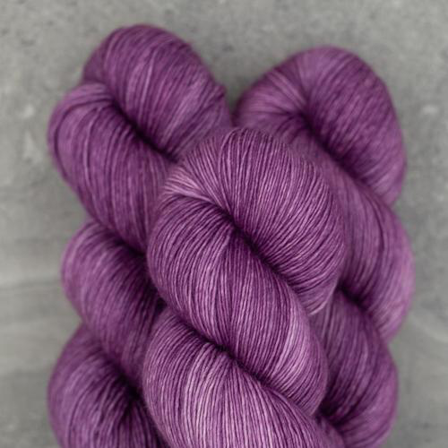 Madelinetosh Twist Light, Elizabeth Taylor