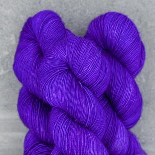 Madelinetosh Twist Light, Ultramarine Violet