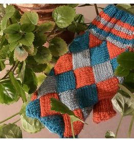 For Yarn's Sake, LLC Entrelac Mitts.  Friday May 22, 1-4pm. Y'vonne Cutright
