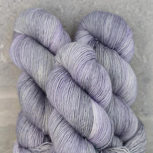 Madelinetosh Home, Moonstone