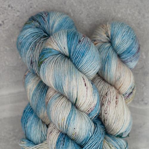Madelinetosh Farm Twist, Night In Chile