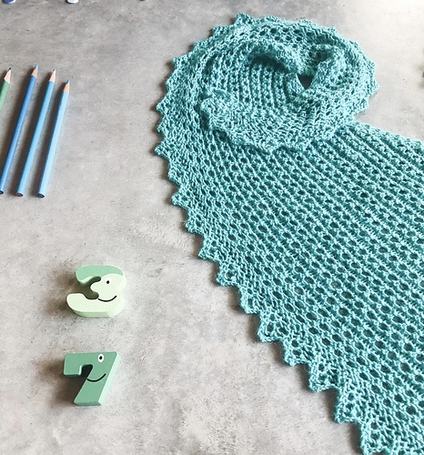 Kelbourne Woolens Year of Gifts, August Kit - Lily of the Valley Shawl