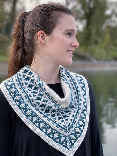 For Yarn's Sake, LLC Forest Mosaic Cowl, Tangled Up In Blue