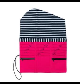 della Q Tri-Fold Needle Case, Fuchsia Linen