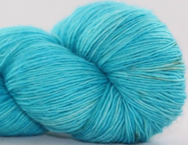 Knitted Wit Single Fingering, Aquamarine