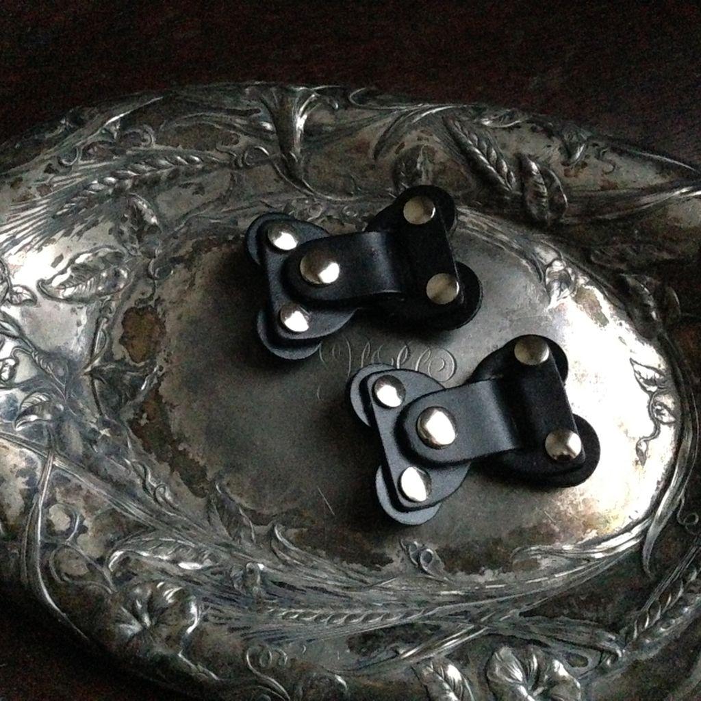 Jul Designs The Lock Toggle Closure - Black