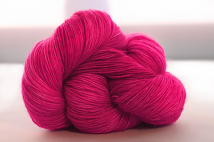 Dream in Color Classy with Cashmere, Hot Pants (Discontinued)