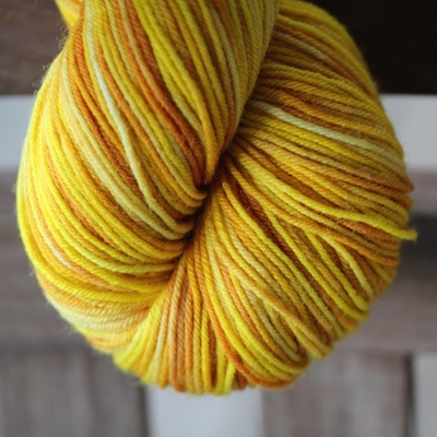 Abstract Fiber O'Keefe Plus, Saffron *CLEARANCE*