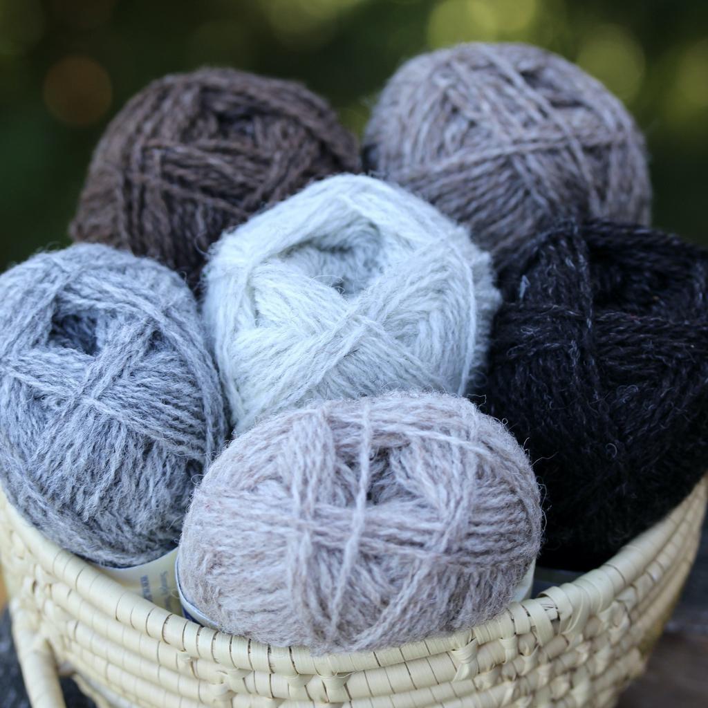 Jamiesons of Shetland Shetland Wool Week 2021, Da Crofter's Kep Kit, Colourway #5