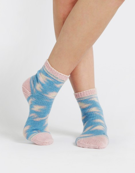 Wool and the Gang Regia & Wool and the Gang, Kinda Magic Socks, Candy Claws Color 6460