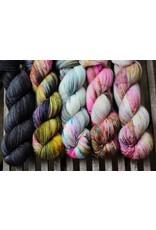 For Yarn's Sake, LLC Fading Point Wrap Kit, Black Pearl Electric (Jilly)