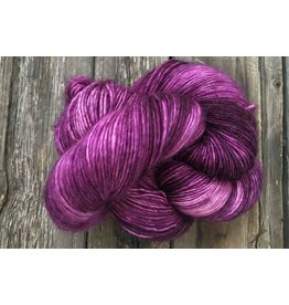 Dream in Color Jilly with Cashmere, Velvet Port