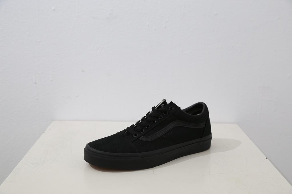 Vans Old Skool Classic Shoe - Blk/Blk