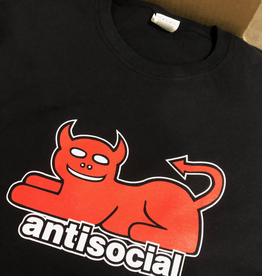 "Antisocial ""Loyal pawn"" Tee"