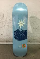 Uma Skateboard - Hand