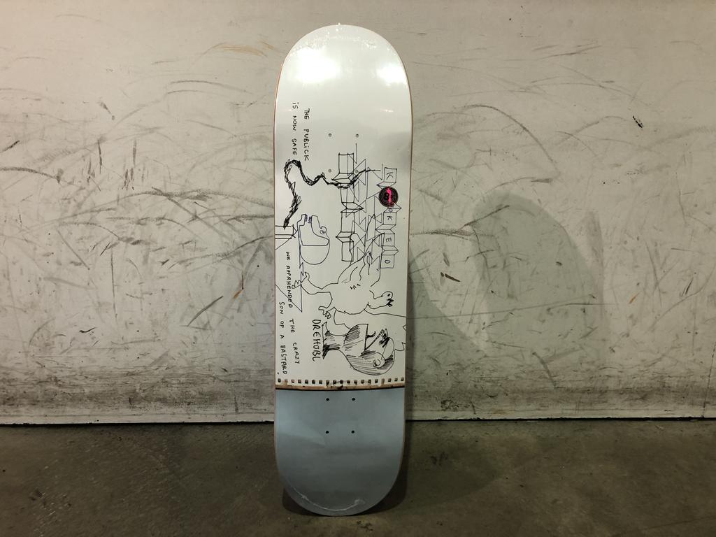 Krooked Skateboard 8.5 - Drehobl Public