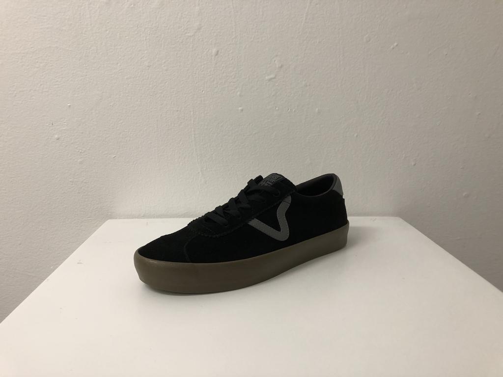 Vans Skate Sport Shoe - Black/Gum