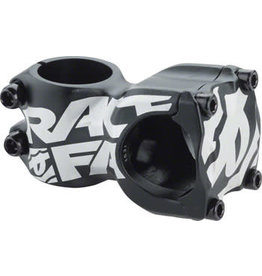 "RaceFace RaceFace Chester Stem - 50mm, 31.8 Clamp, +/-8, 1 1/8"", Aluminum, Black"