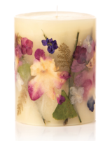 Rosy Rings A leather club chair, bourbon on the rocks, a gently wafting pipe, dark woods; Sensual and comforting, Honey Tobacco is almond, honey flower, crushed tobacco, patchouli, warm amber, sandalwood and tonka bean.<br /> <br /> Made with: gingko leaves, larkspur flowers, e