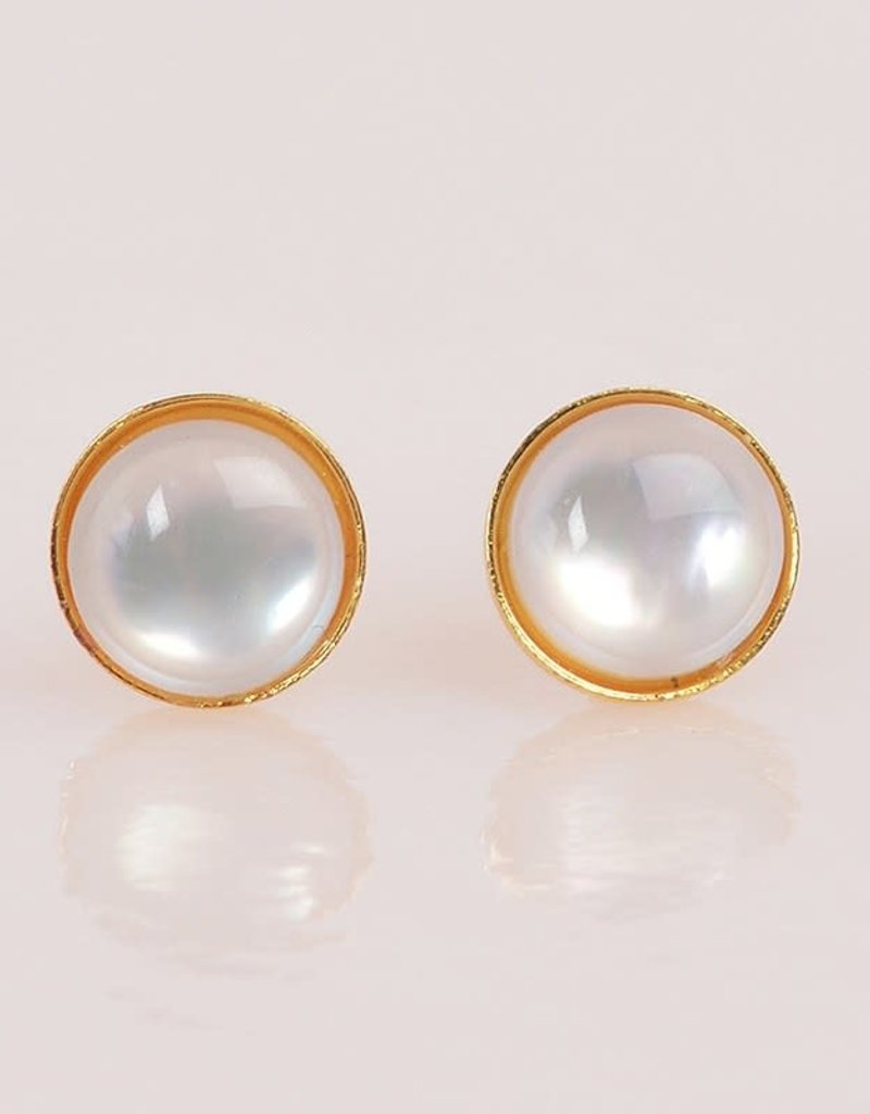 A Mano Trading Mother of Pearl Studs
