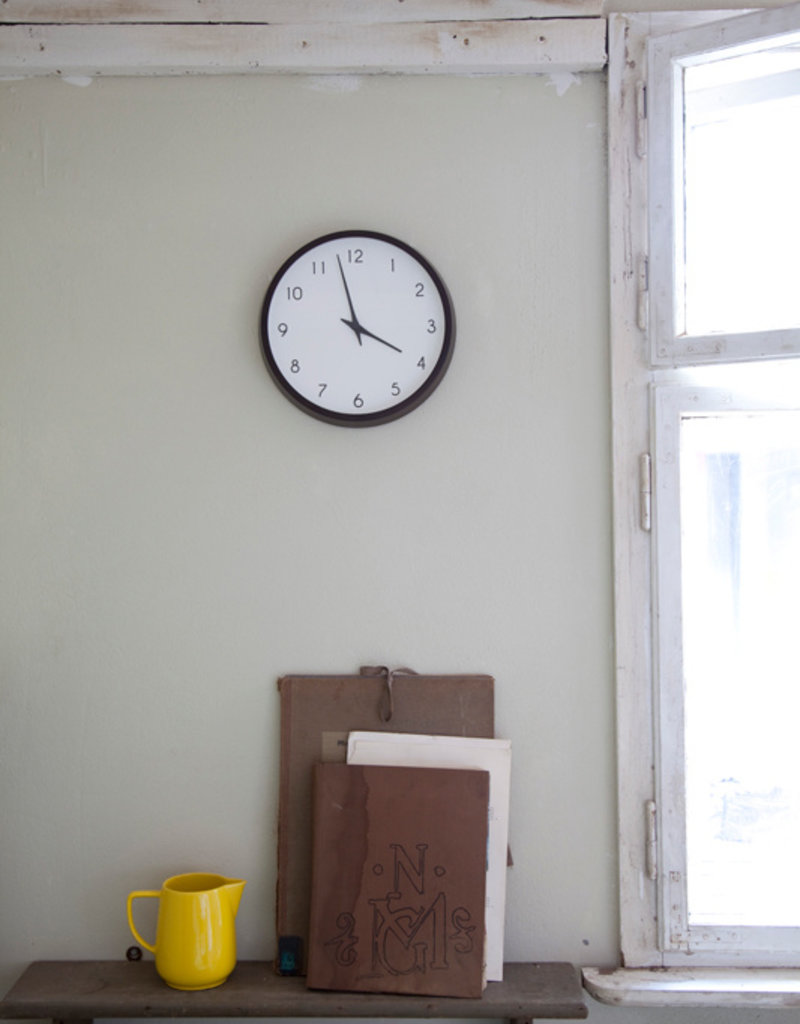 Lemnos Campagne Brown Clock