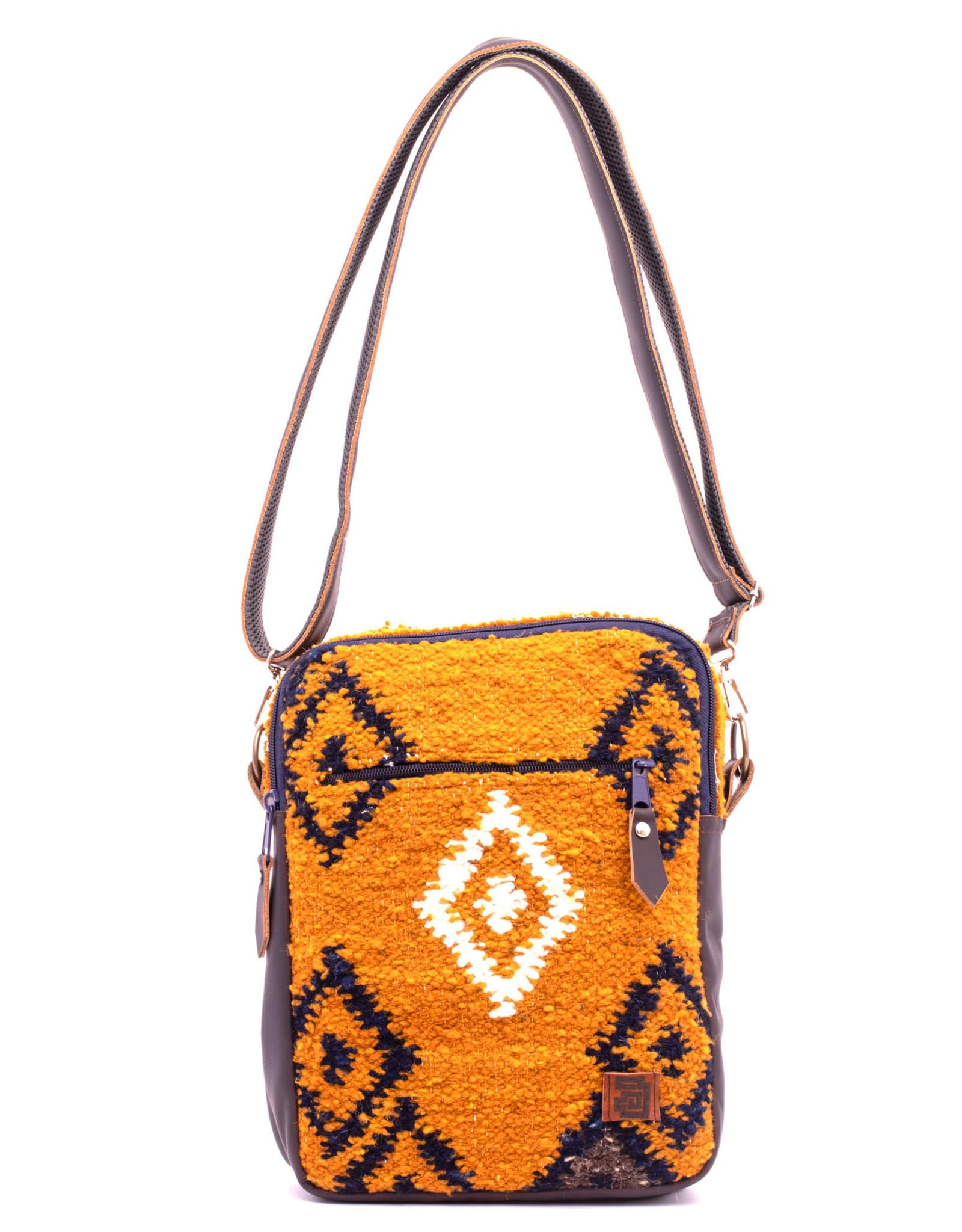Achiote Guatemalan Goods Elementos Wool Traveler - Fuego