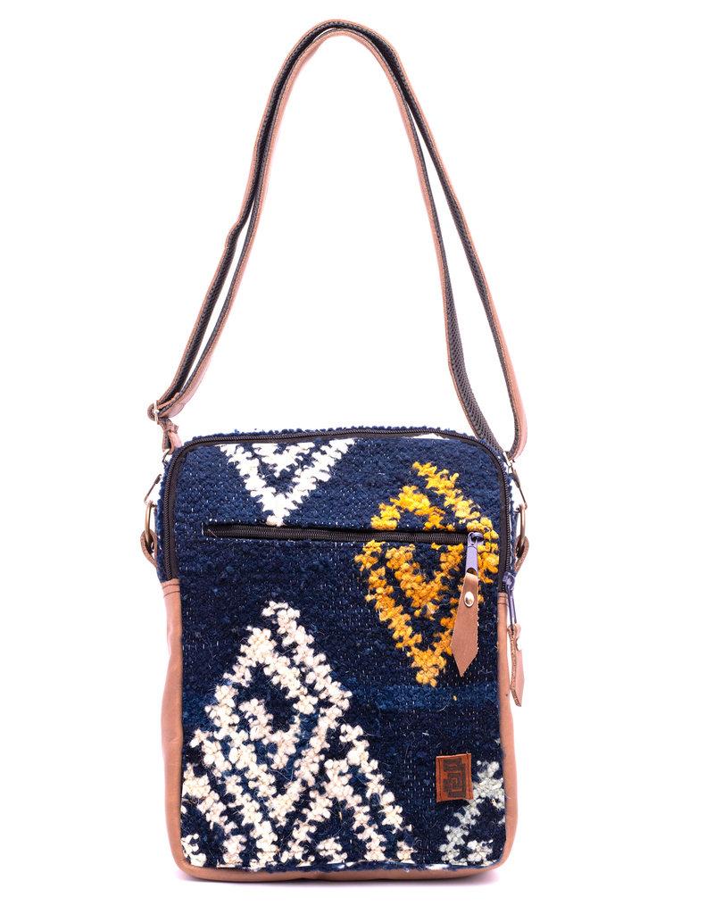 Achiote Guatemalan Goods Elementos Wool Traveler - Agua