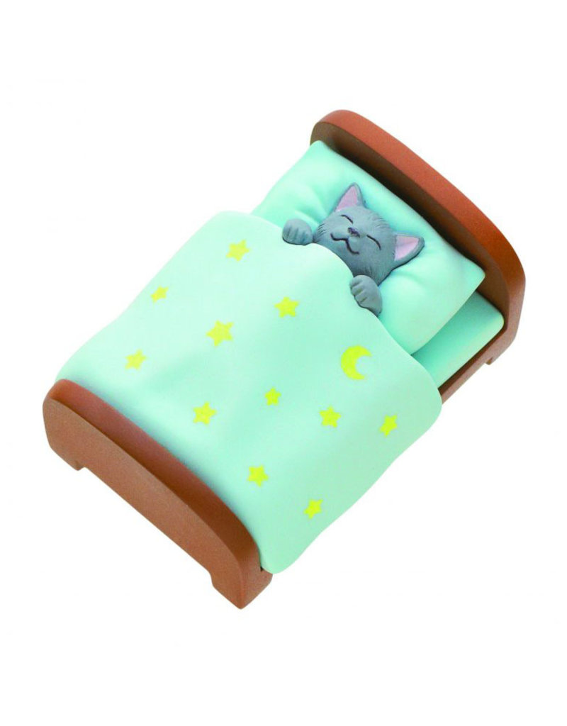 Clever Idiots Cat in Bed Blind Box