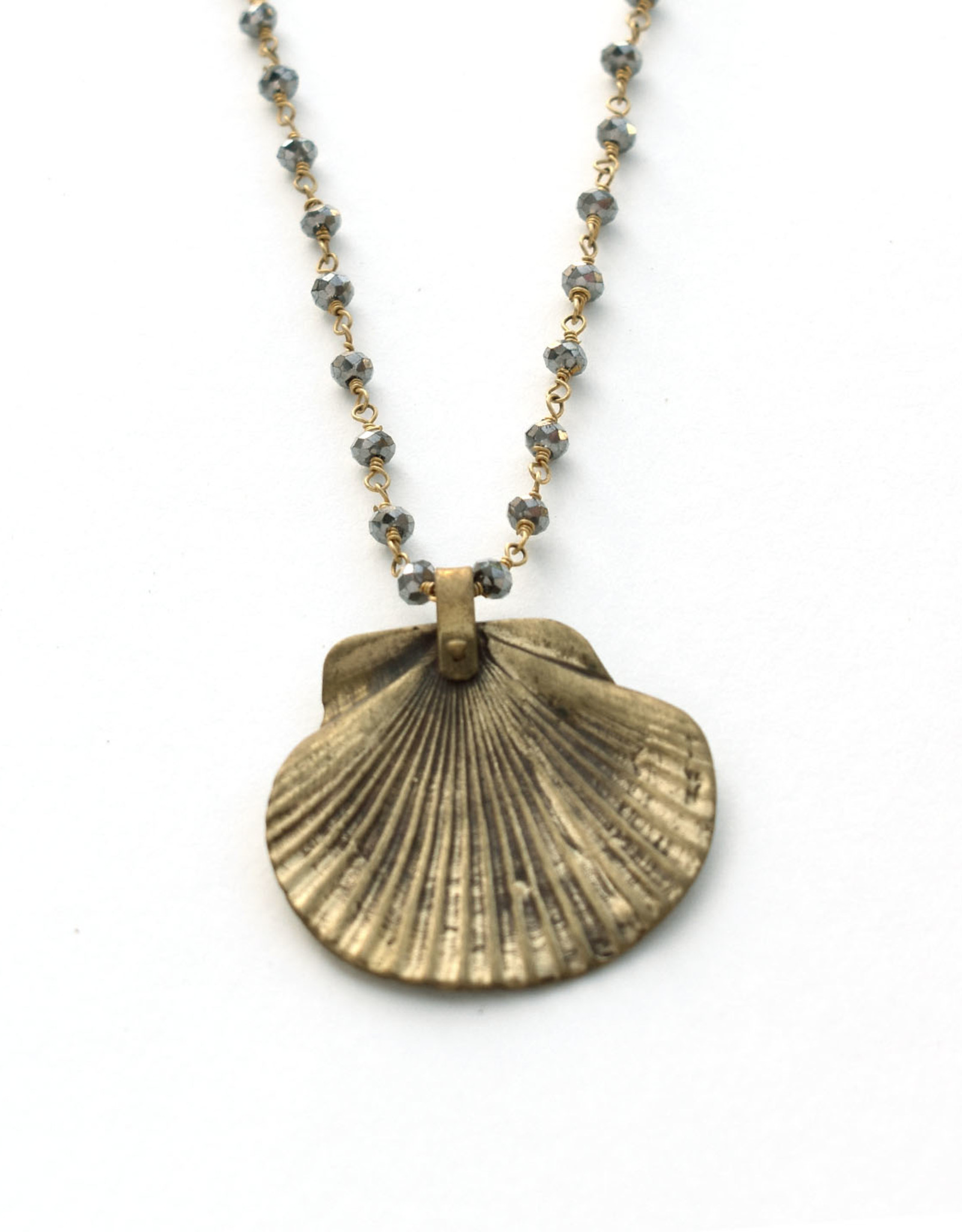 Natura Scallop Shell Necklace