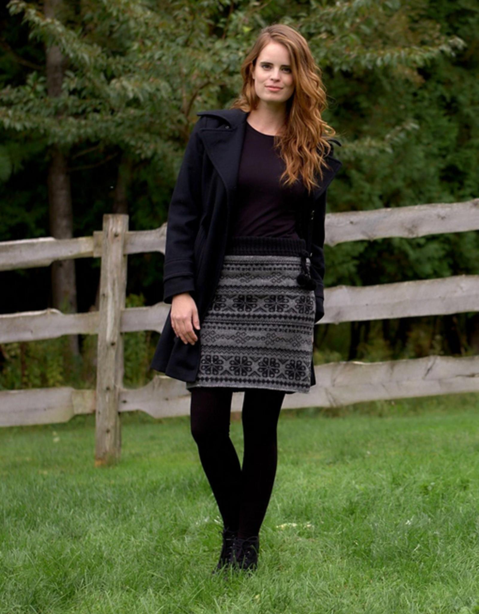 Eva Skirt Stretch Fabric Lined (2 Colors!)