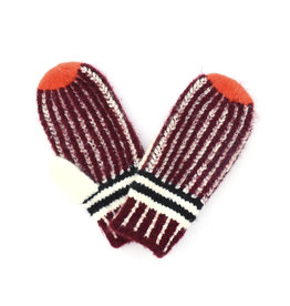 Vertical Striped Mitten Wine