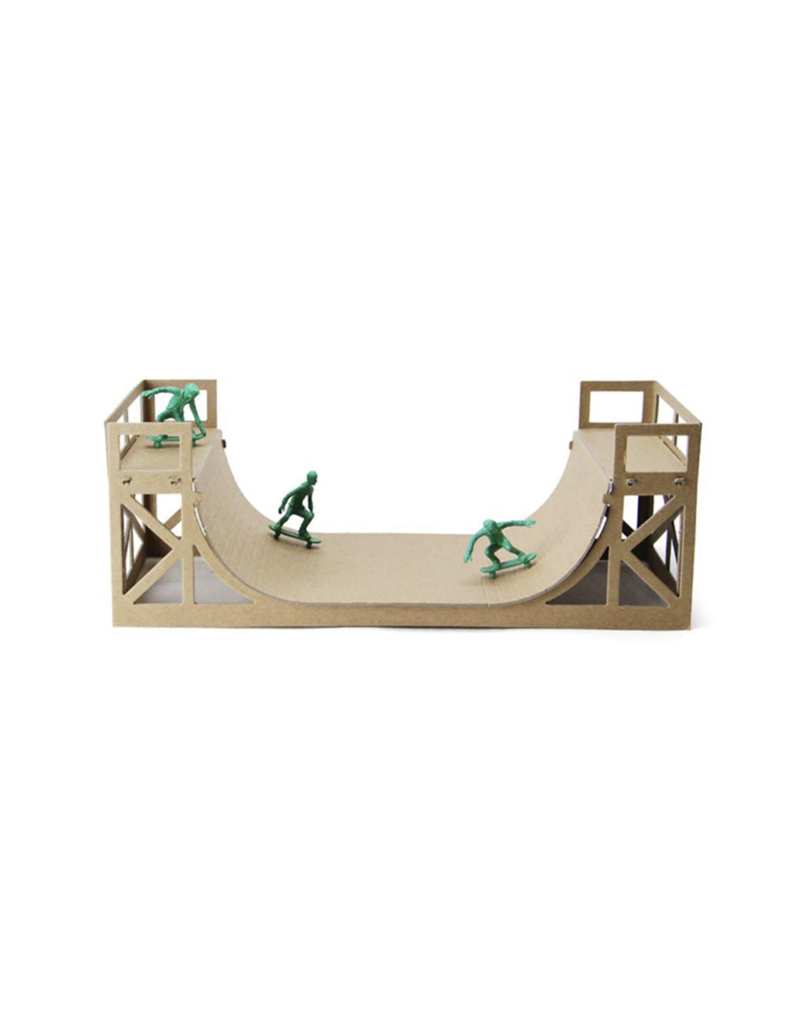 Brooklyn Bound Half Pike Model Kit