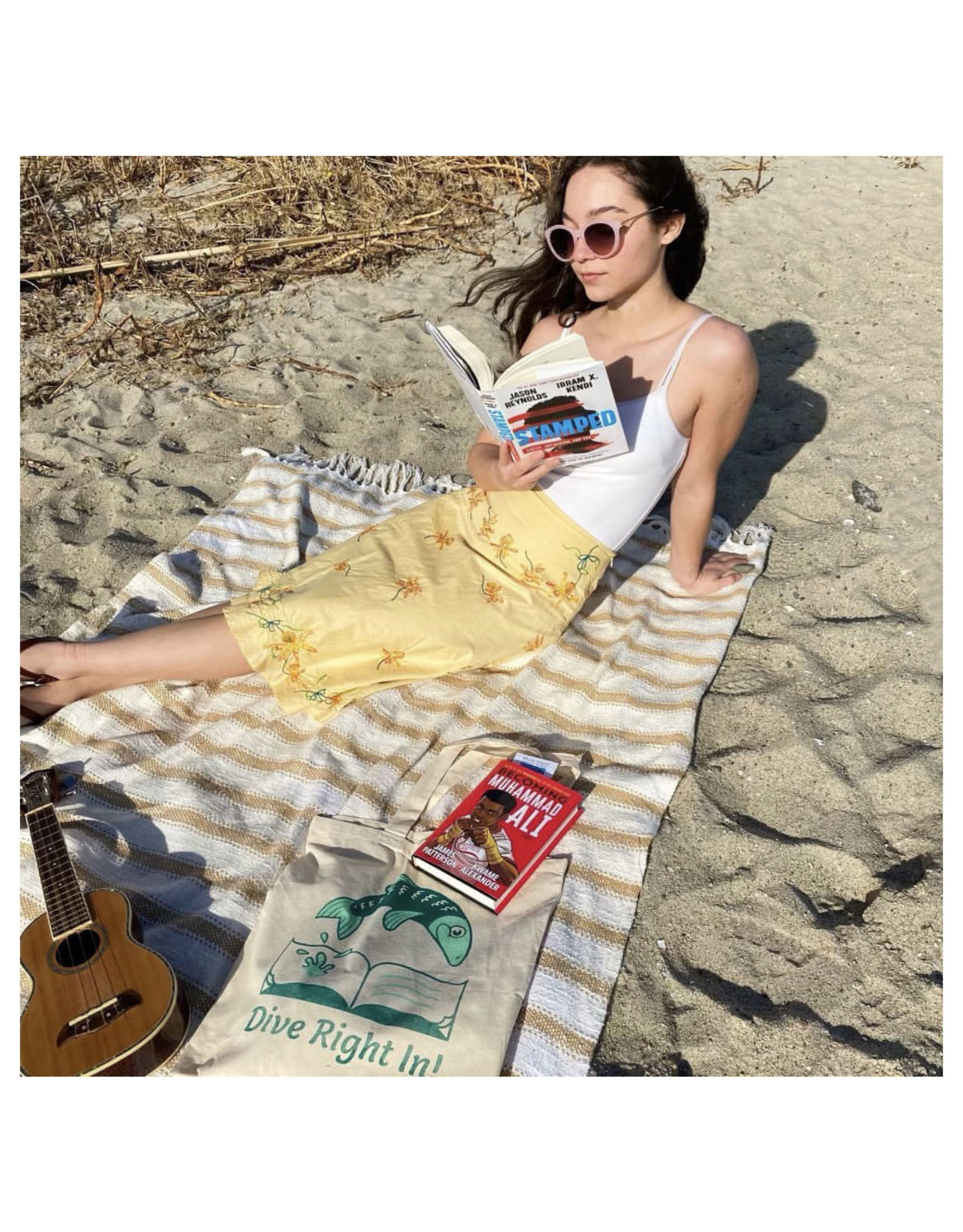 Dive Right In Reading Tote